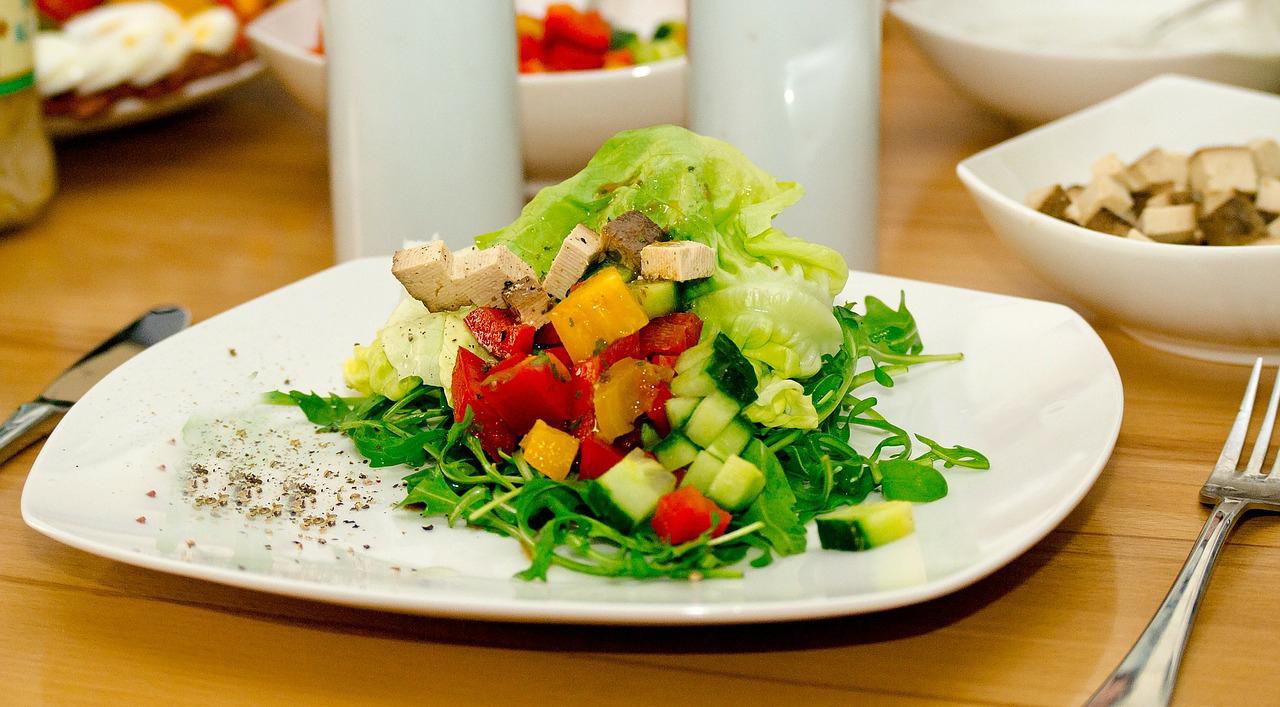 Salada Fria de Tofu no Barro
